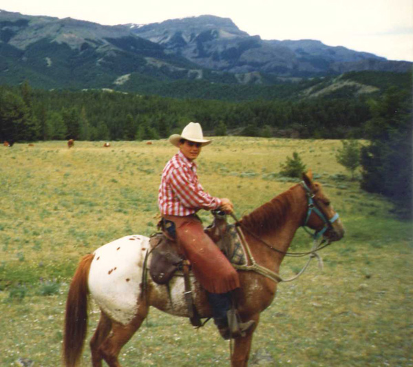 mountain ranch single girls Red horse mountain ranch is well known for its extensive list of guided  special adult weeks include a single's week,  girls getaway weeks late september.
